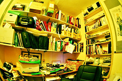 Sindesign - Clutter http://www.flickr.com/photos/sindesign/